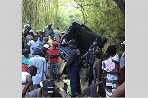 Stolen Bus Crashed Over Precipice Killing the Two Alleged Theives