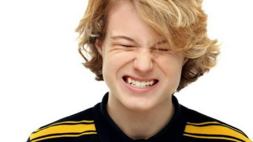 Teens' Teeth-Grinding 'a Sign of Being Bullied'