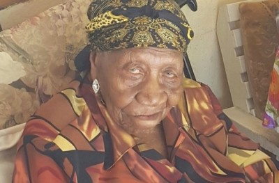 Violet Moss Brown, Worlds Oldest Person