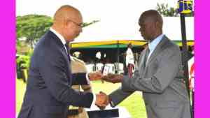 Civil Servants Honoured for Long and Dedicated Service