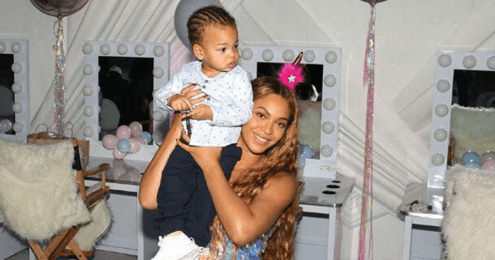 """Beyonce Remembers Having Multiple Miscarriages, """"Had to Mother Myself"""""""