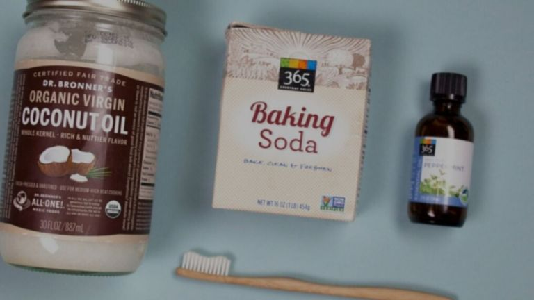 Make Natural Toothpaste with only three ingredients