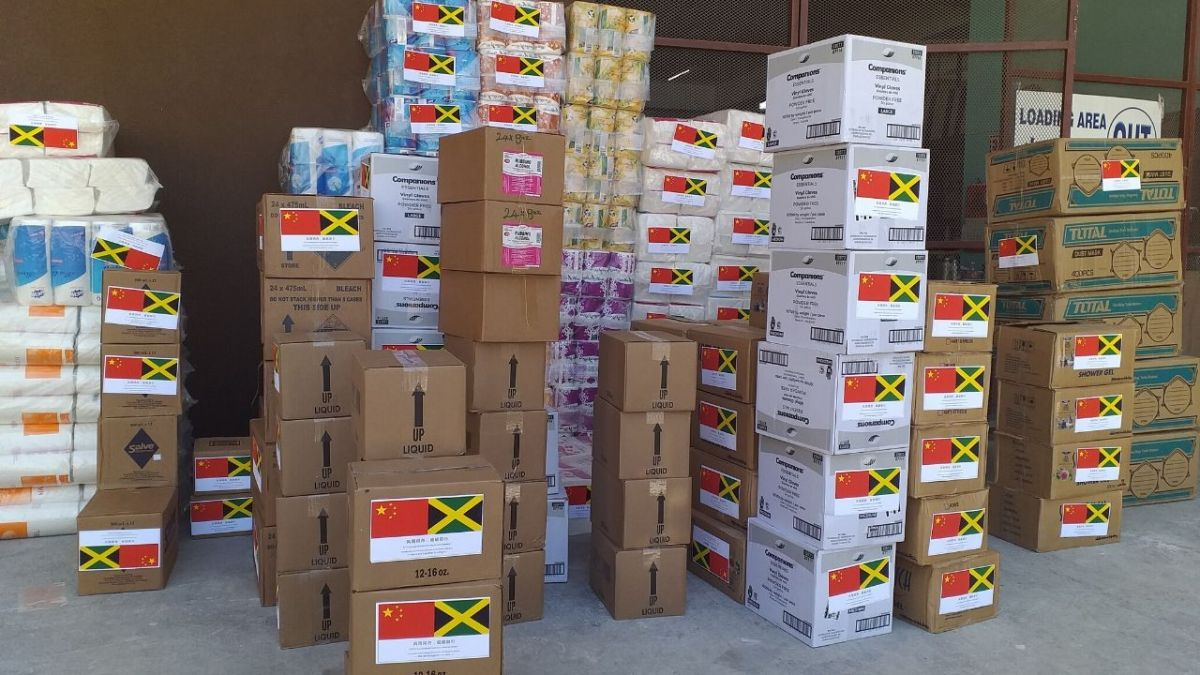 Chinese Community donate supplies to fight COVID-19