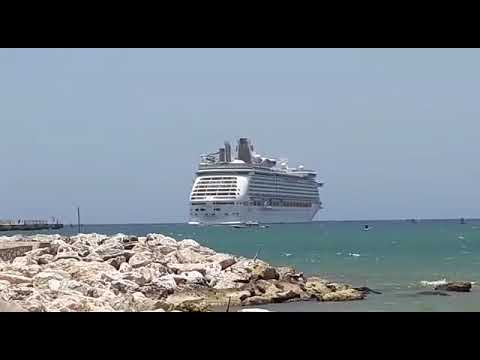 Over 1000 Jamaican Ship Workers Aboard Royal Caribbean to Arrive in Jamaica