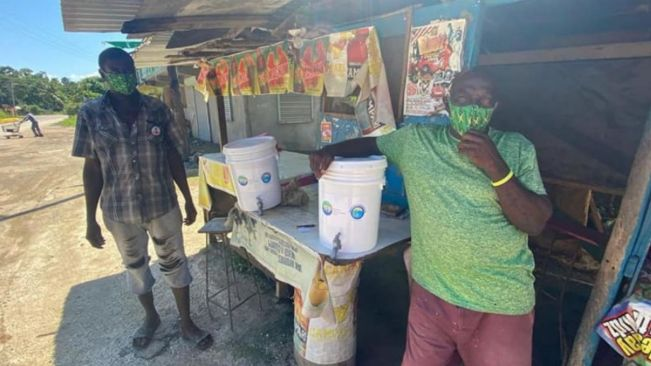 MP Floyd Green outfits Middle Quarters' shrimp vendors with sanitization equipment