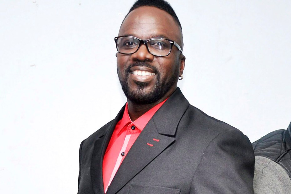 Comedian Ity Ellis caught in crossfire between Police & gunmen