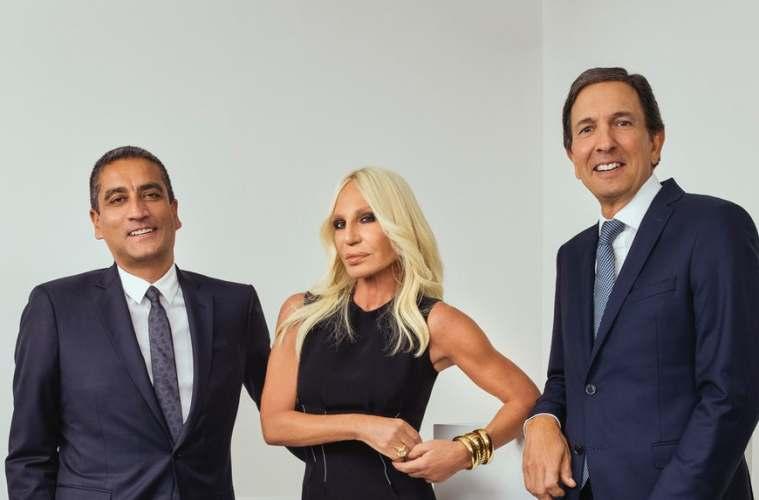 Michael Kors покупает Versace за 2 миллиарда евро