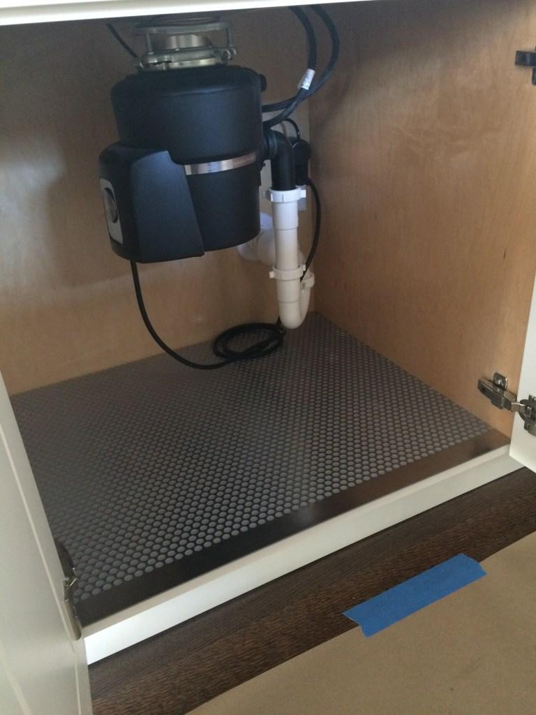 sink cabinet mat