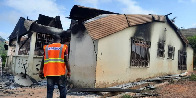 Pregnant wife, husband and 2 kids burnt to ashes (Photos)