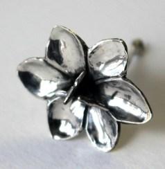 Aandblom: Earrings, silver