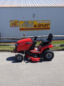 Snapper Tractors Have Arrived- ONLY 2 LEFT IN STOCK!! End of Season Specials on Now!!