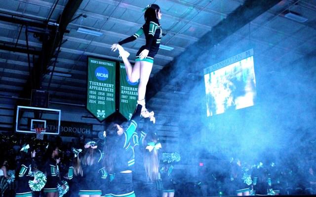 Cheerleaders - Fuhrmann
