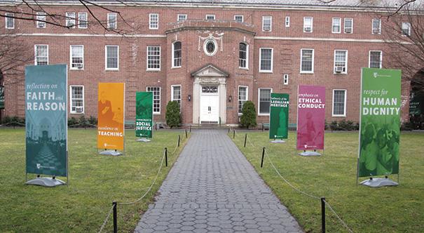 Manhattan_College_Headliner_Images