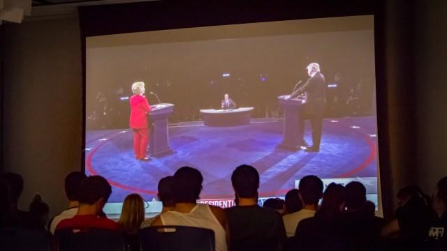 debate-night-at-kelly-2