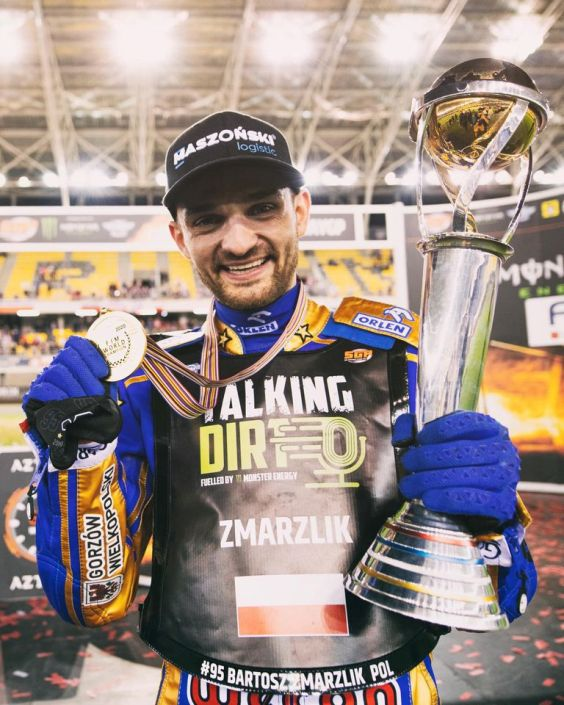 Bartosz Zmarzlik after winning the FIM Speedway World Championship. Photo: FIM Speedway Grand Prix