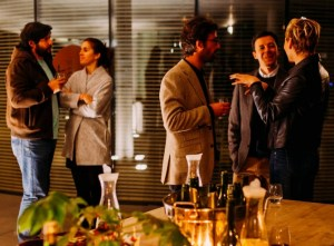 how to be a good networker at parties