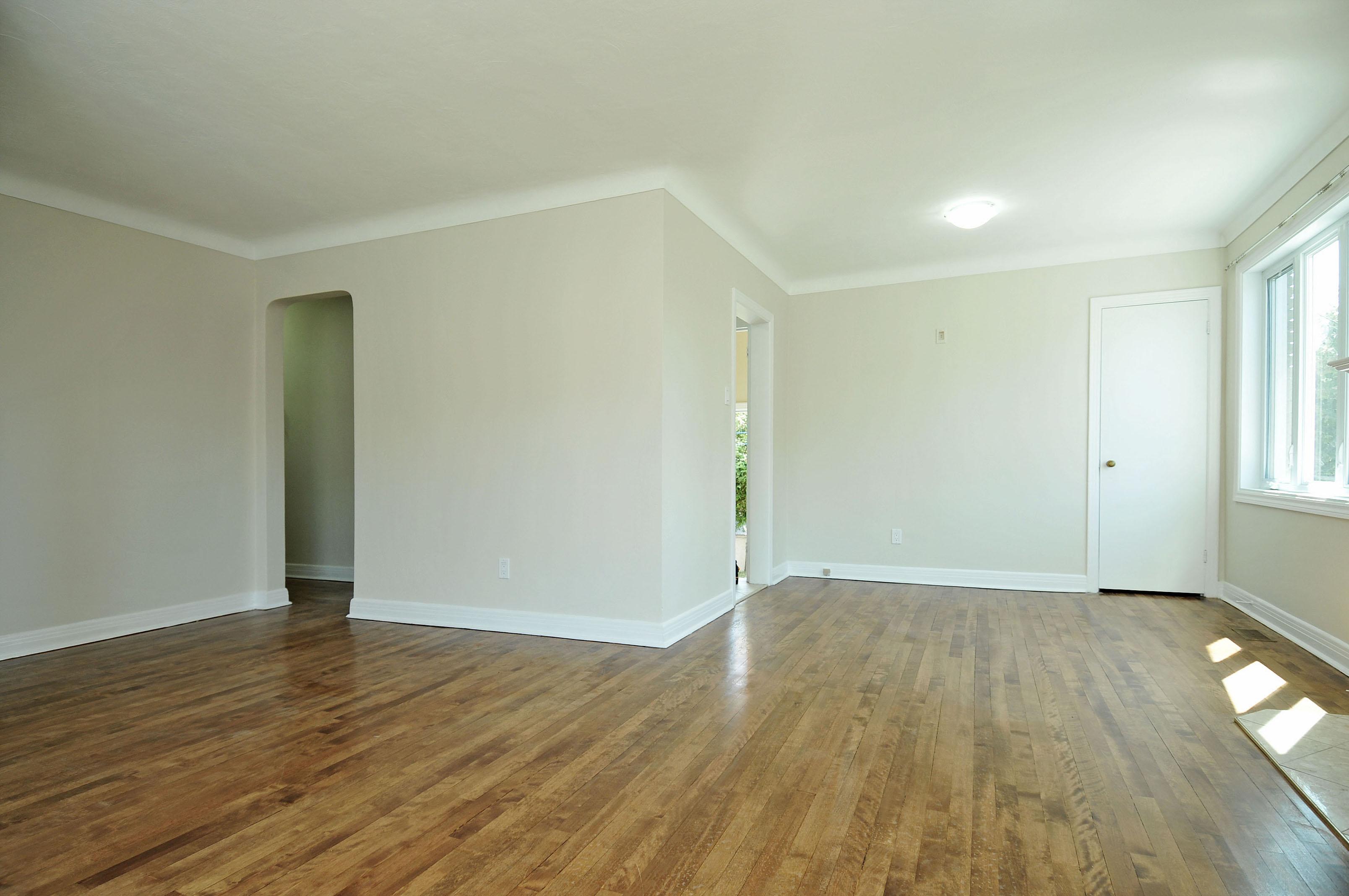 Billing bridge house dining room wood floors