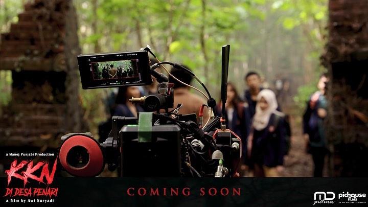 Nur dan Pak Prabu Film KKN Di Desa Penari