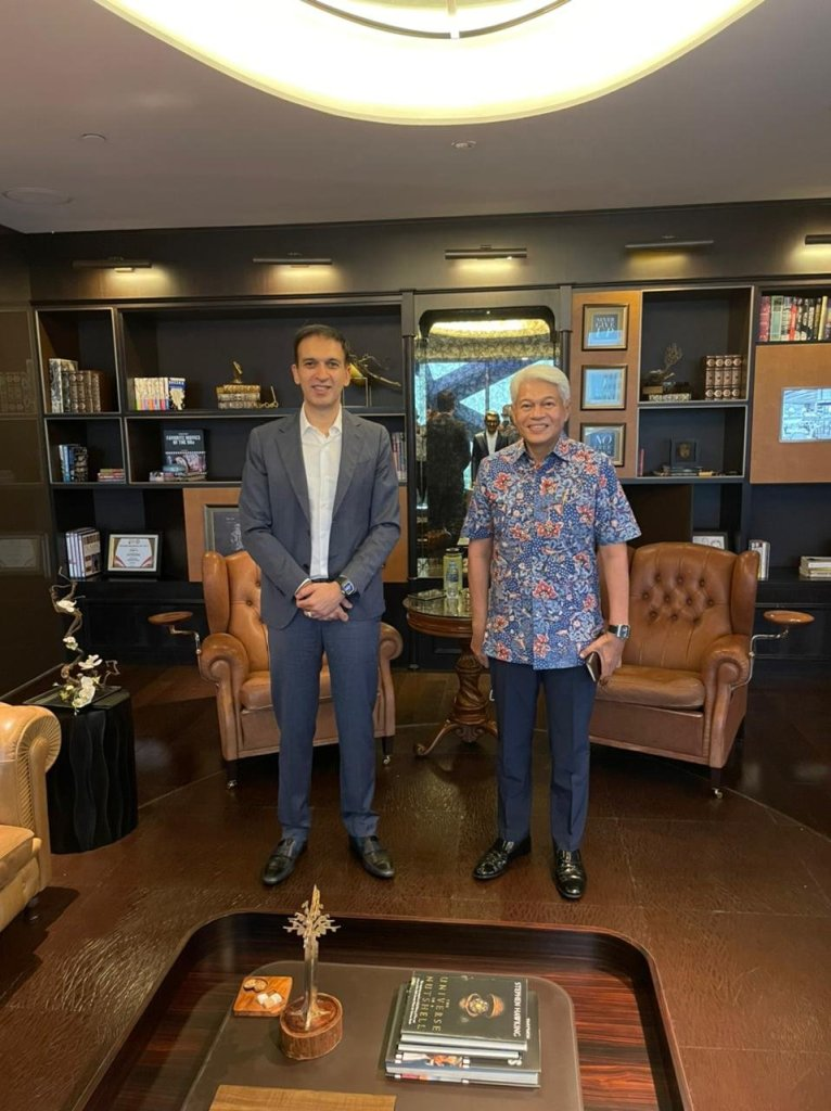 Wonderful meeting and fruitful discussion with Arwin Rasyid. Thank you very much for coming