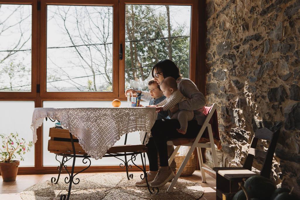 Sesión fotográfica en casa familiar en Cecebre
