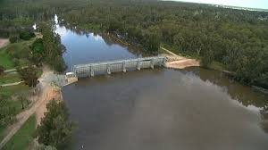 Gogeldrie Weir. Click for more information.