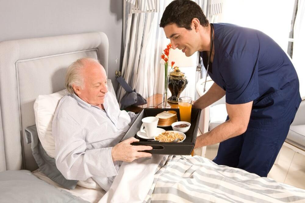 Jak powinna wyglądać profesjonalna opieka nad osobami starszymi?