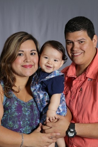Mothers_Day_Family_Portrait_Day_at_Corpus_Christi_Museum_of_Science_and_History-22