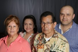 Mothers_Day_Family_Portrait_Day_at_Corpus_Christi_Museum_of_Science_and_History-42