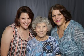 Mothers_Day_Family_Portrait_Day_at_Corpus_Christi_Museum_of_Science_and_History-65
