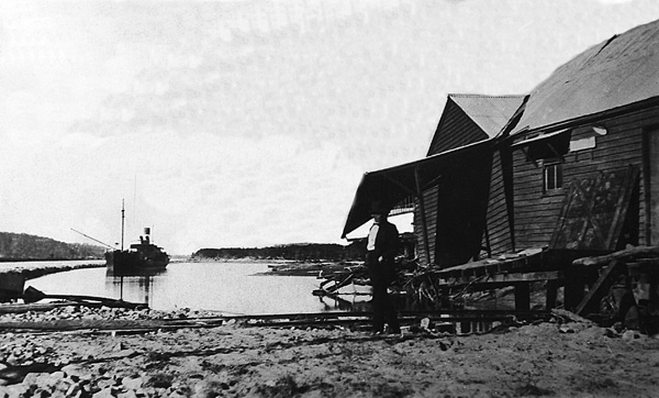While this photograph was taken after the 1925 flood the aftermath of the 1914 flood would have been similar.