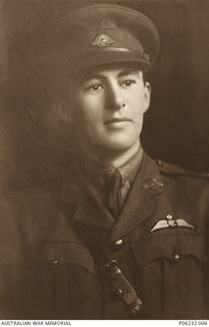 LT James Stuart Leslie Ross 589 Australian Flying Corps A.I.F. – Photo courtesy of AWM