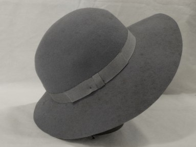 Woman's hat. Grey velour wide-brimmed winter hat with matching grosgrain ribbon hat band