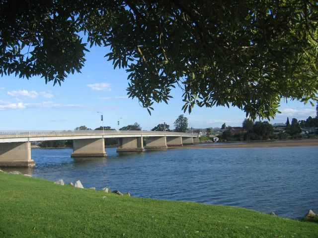 The park is situated near the Moruya River bridge with the town opposite