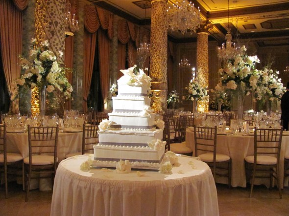 Wedding Cake at The Drake