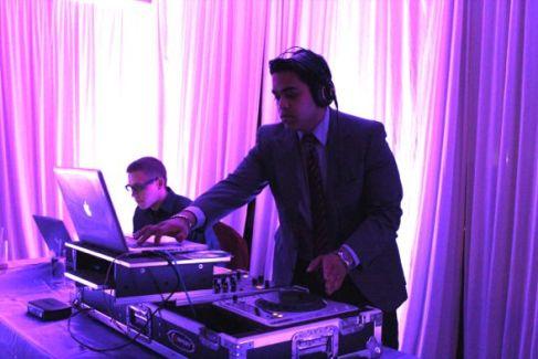 Chicago Indian Wedding DJ, Aumir