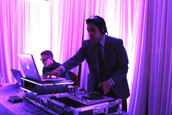 Chicago Indian DJ, Aumir