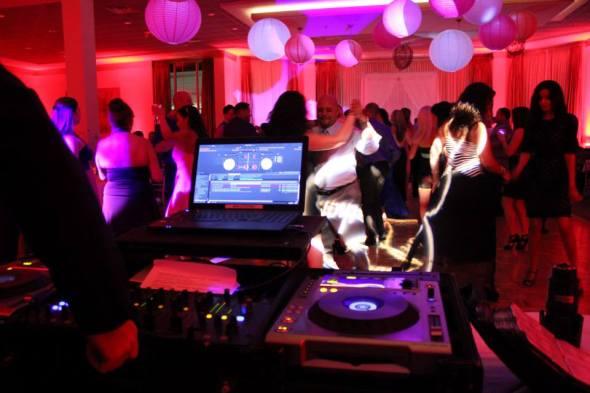 Chicago Wedding DJ Dance Floor