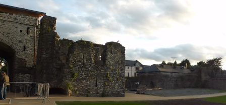 Knight's and Squires tower ruin
