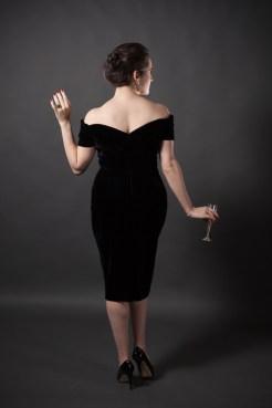 sweet-nothings-reviews-the-pretty-dress-fatale-velvet-5-682x1024