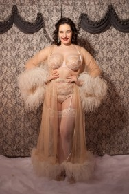 sweet-nothings-reviews-harlow-and-fox-serena-rose-4-lores-682x1024