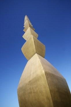 Tirgu-Jiu, Column of the Infinite by Brancusi