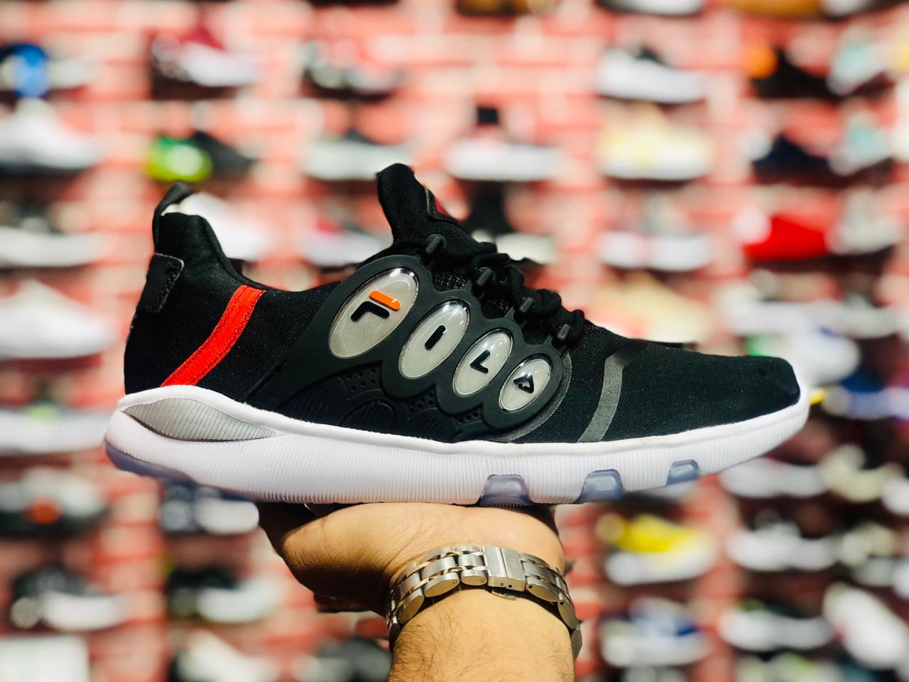 Fila soft capsule shoes (Black)