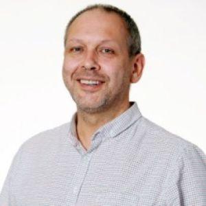 Dr Ian Roper