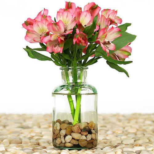 Τι κάνουμε για να μη πέφτει το βάζο, αν τα λουλούδια είναι πολλά και βαριά