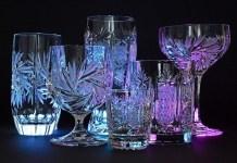 Για να λάμψουν τα κρυστάλλινα ποτήρια