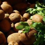 Το κόλπο για να μη πρασινίσουν οι πατάτες