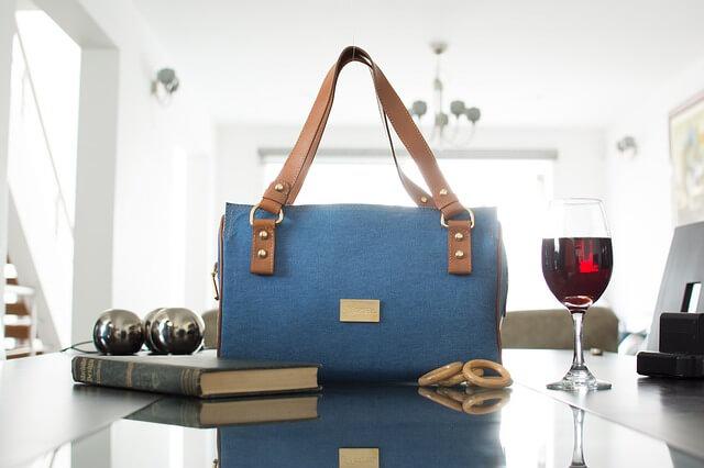 Για την τσάντα που δεν χρησιμοποιείς συχνά, υπάρχει κόλπο