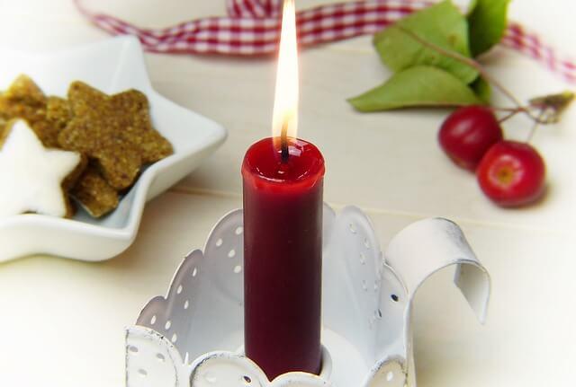 καθαρίζουμε τον λεκέ από κερί