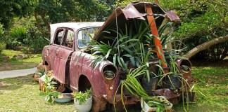 Το παλιό αυτοκίνητο
