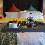 breakfast-in-bed-1158270_640